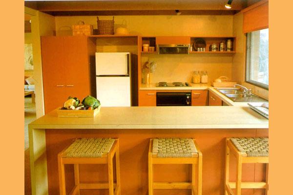 Обустройство кухни в частном доме своими руками